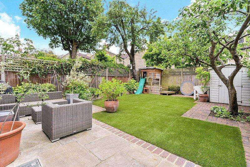 6 Bedrooms Terraced House for sale in Crieff Road, Wandsworth, London, SW18