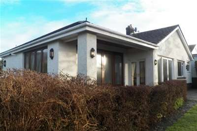3 Bedrooms Detached Bungalow for rent in Foxhole Drive, Southgate