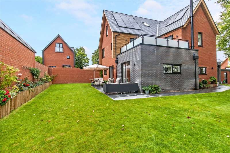 4 Bedrooms Detached House for sale in 2 Barton Farm, Andover Road, Winchester, Hampshire, SO22