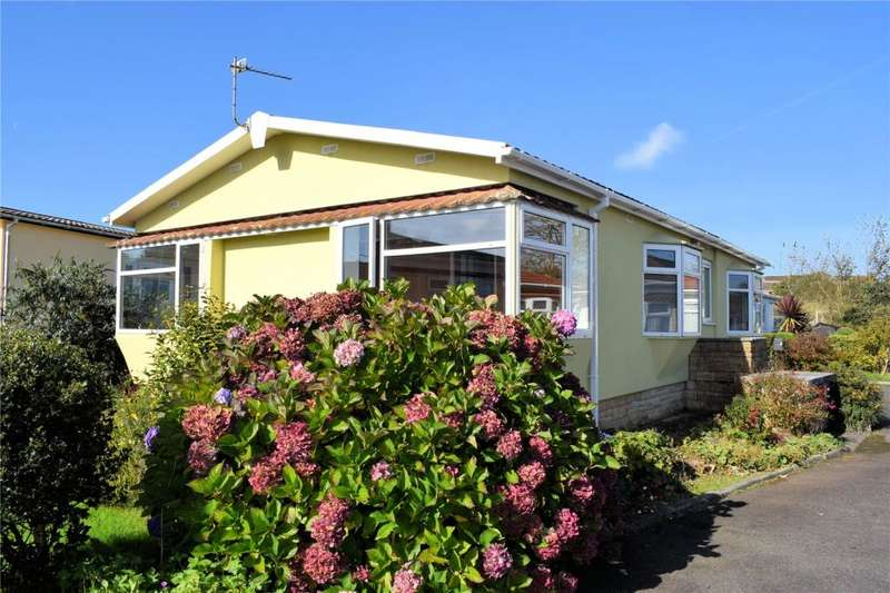 2 Bedrooms Detached Bungalow for sale in Gwealmayowe Park, Helston