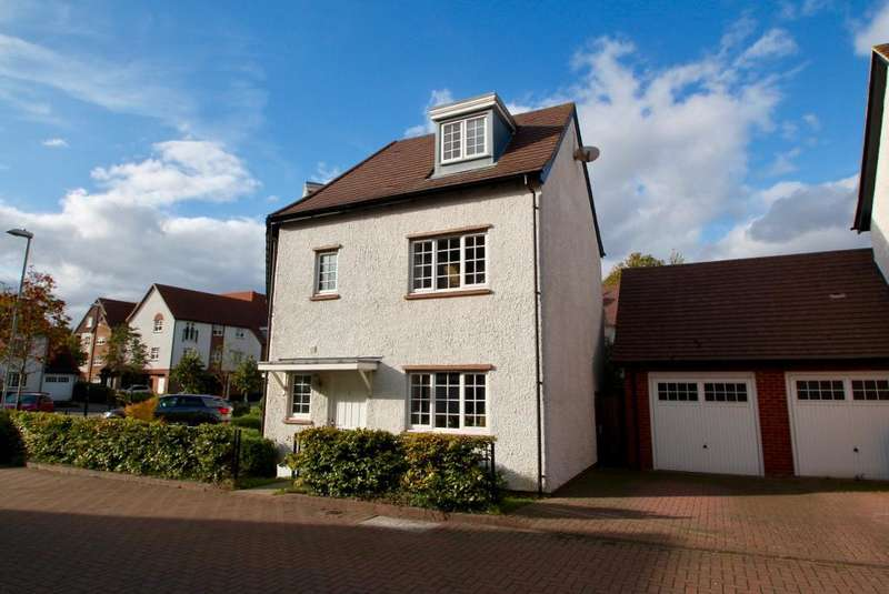 5 Bedrooms Semi Detached House for sale in Lowe Drive, Letchworth Garden City, Hertfordshire, SG6 1FW