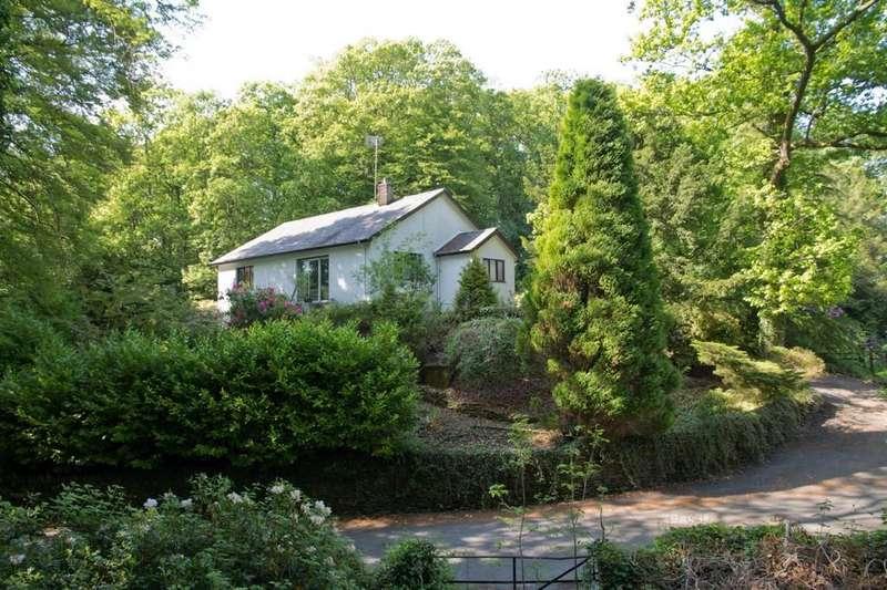 3 Bedrooms Detached Bungalow for sale in Beech Rock, Helm Road, Windermere, Cumbria, LA23 2HS