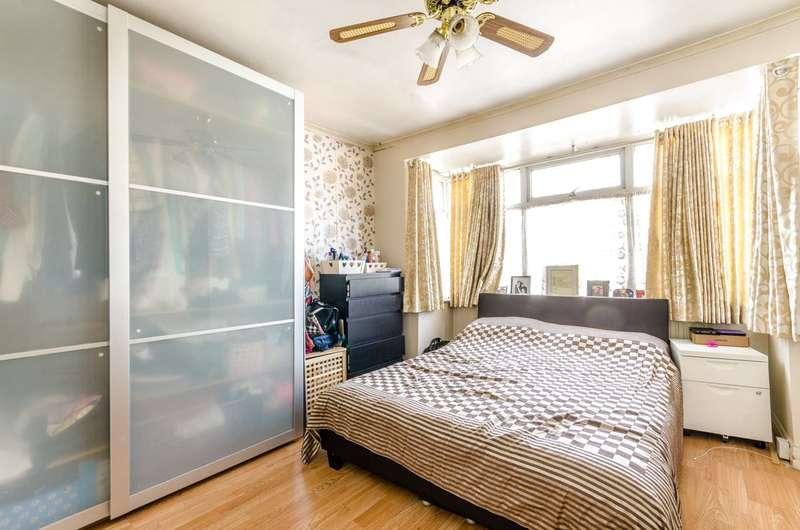 3 Bedrooms House for sale in Woodside End, Alperton, HA0