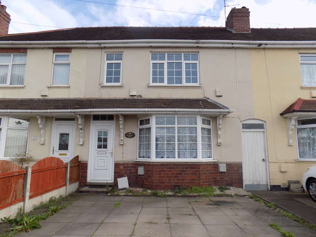 3 Bedrooms Terraced House for sale in Pedmore Road, Dudley, DY2
