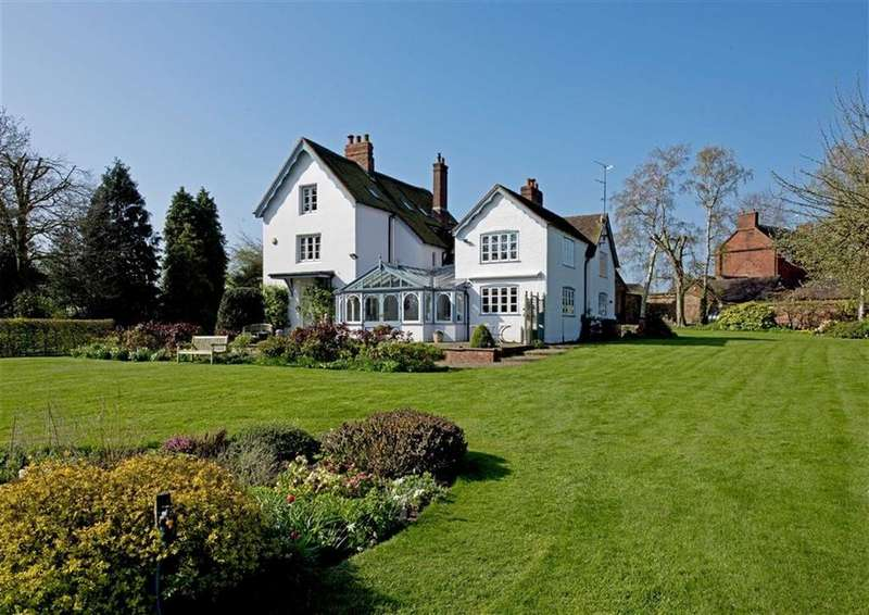 5 Bedrooms Detached House for sale in The White House, Ackleton, Wolverhampton, Shropshire, WV6
