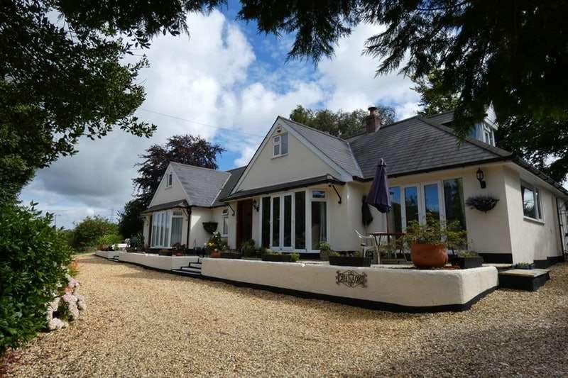 5 Bedrooms Detached House for sale in Halspill, Weare Giffard, Devon, EX39