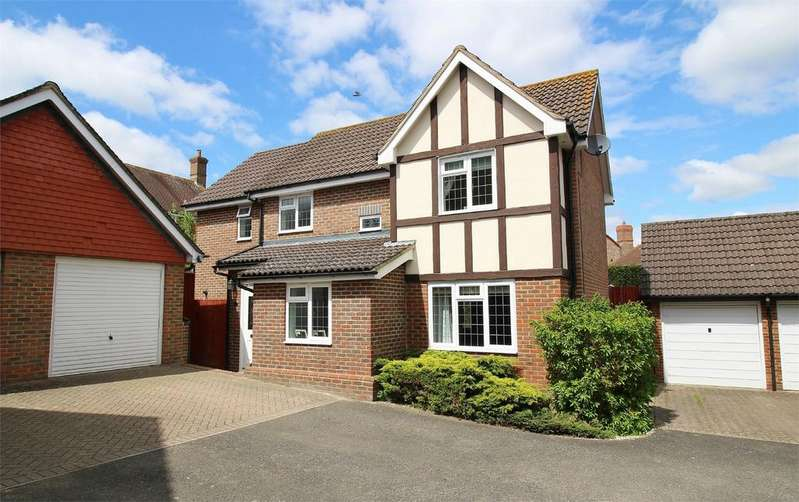3 Bedrooms Detached House for sale in Goldcrest Drive, Ridgewood, Uckfield, East Sussex