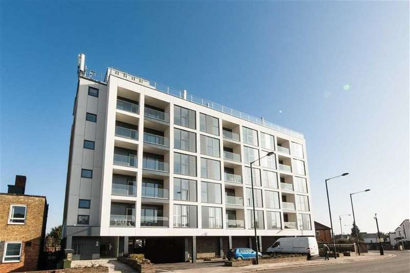 2 Bedrooms Apartment Flat for sale in Charlotte Court, Barnet, EN4