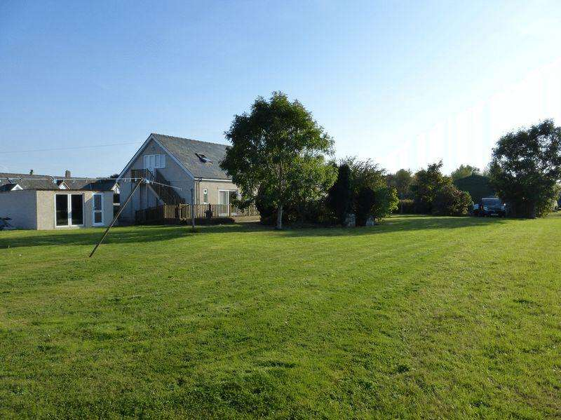 6 Bedrooms Detached House for sale in Dwyran