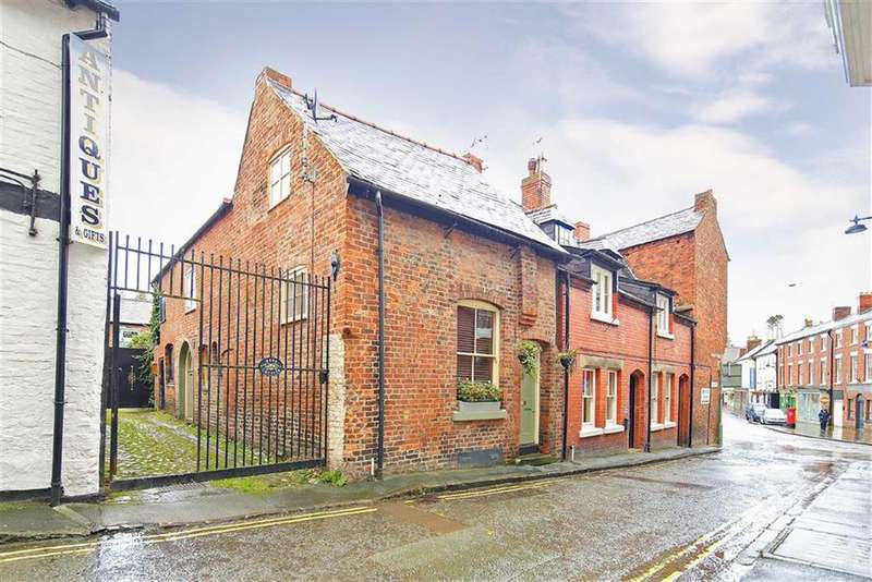 2 Bedrooms Semi Detached House for sale in Market Street, Ellesmere, SY12