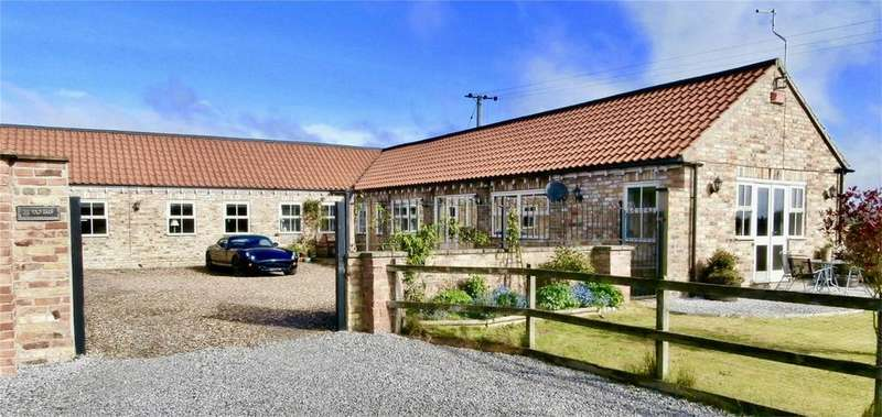 4 Bedrooms Detached House for sale in The Fold Barn,Holme Road, Shiptonthorpe, North Yorkshire
