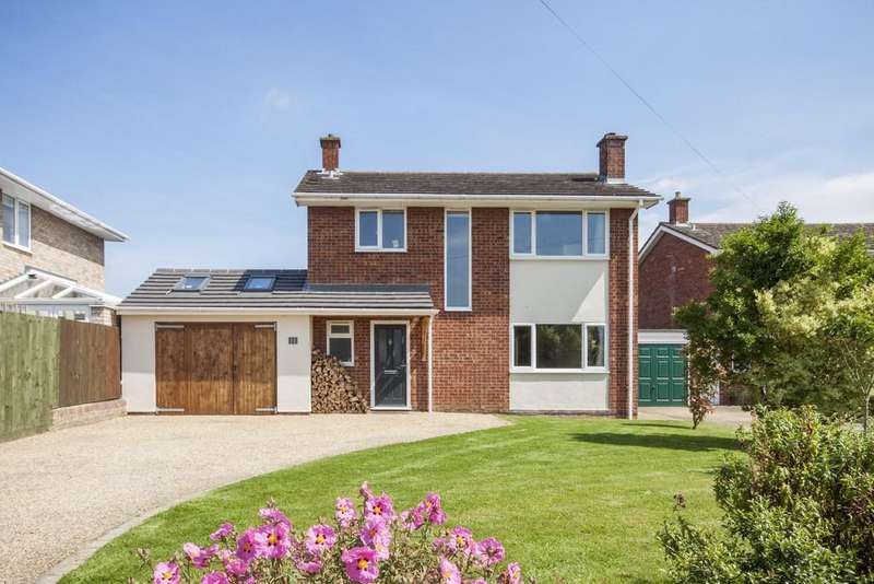 3 Bedrooms Detached House for sale in Mill Road, Over