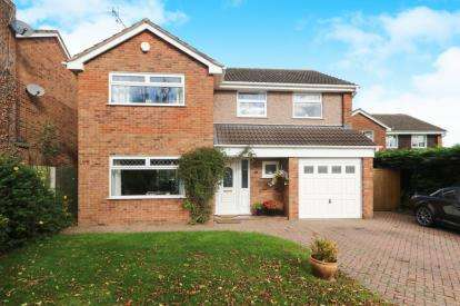 4 Bedrooms Detached House for sale in Lime Tree Drive, Farndon, Chester, Cheshire, CH3