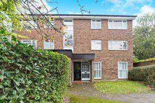 2 Bedrooms Flat for sale in Inglewood, Pixton Way, Selsdon, South Croydon