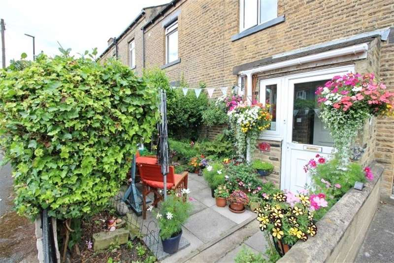 3 Bedrooms Terraced House for sale in Melbourne Street, Farsley, LS28