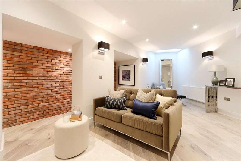 2 Bedrooms Flat for sale in The Flatiron, Fulham, London