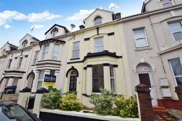 5 Bedrooms Terraced House for sale in New Street, Paignton, Devon