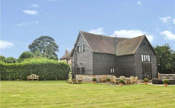 3 Bedrooms House for rent in Hooks Farm, Henley Road, Marlow, Buckinghamshire, SL7