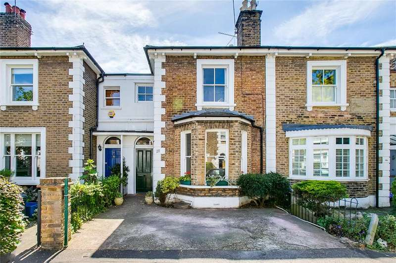 2 Bedrooms Terraced House for sale in Shaftesbury Road, Richmond, Surrey