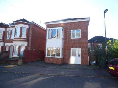 5 Bedrooms Detached House for sale in Portswood, Southampton, Hampshire
