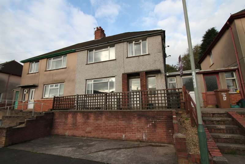 3 Bedrooms Semi Detached House for sale in Woodview Road, Risca, Newport