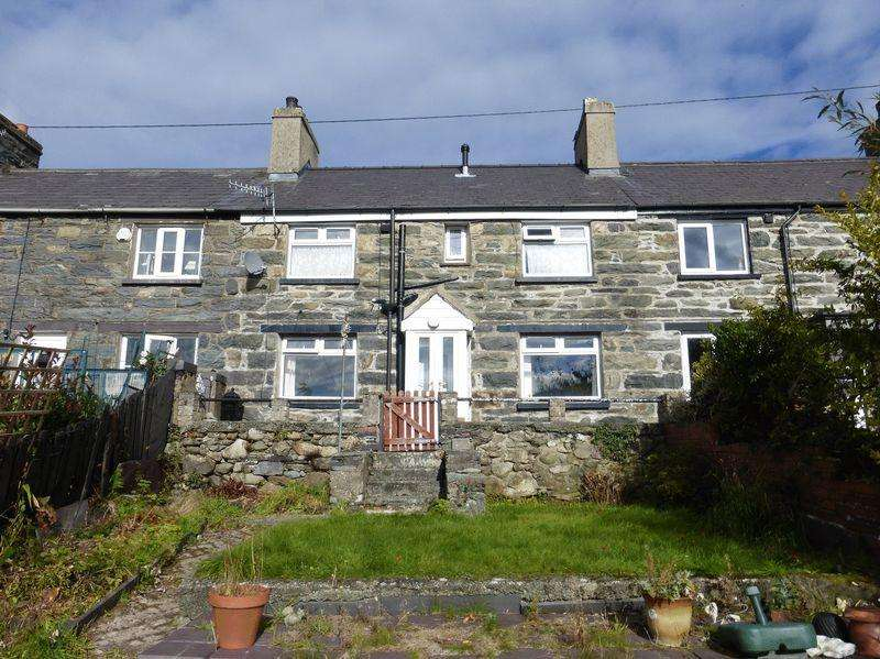 2 Bedrooms Terraced House for sale in Bethesda