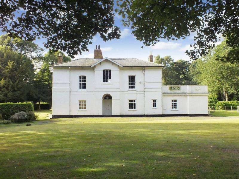 6 Bedrooms Country House Character Property for sale in Bond Hayes Lane, Hagworthingham