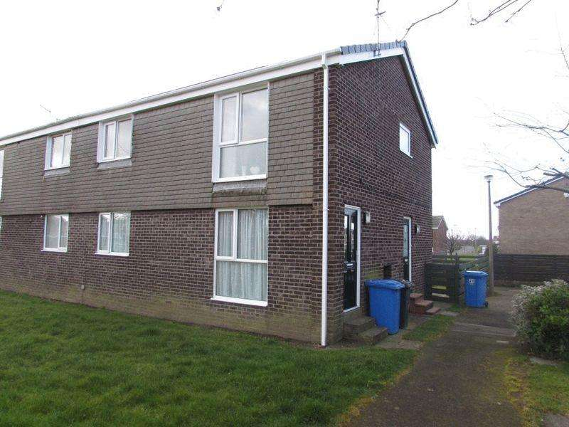 2 Bedrooms Flat for sale in Aln Court, Ellington - Two Bed First Floor Flat