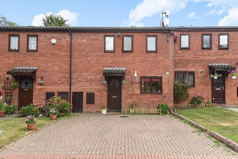 2 Bedrooms Terraced House for sale in Langton Grove, Northwood
