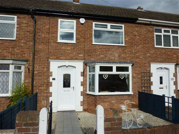 2 Bedrooms Terraced House for sale in STRATFORD AVENUE, GRIMSBY