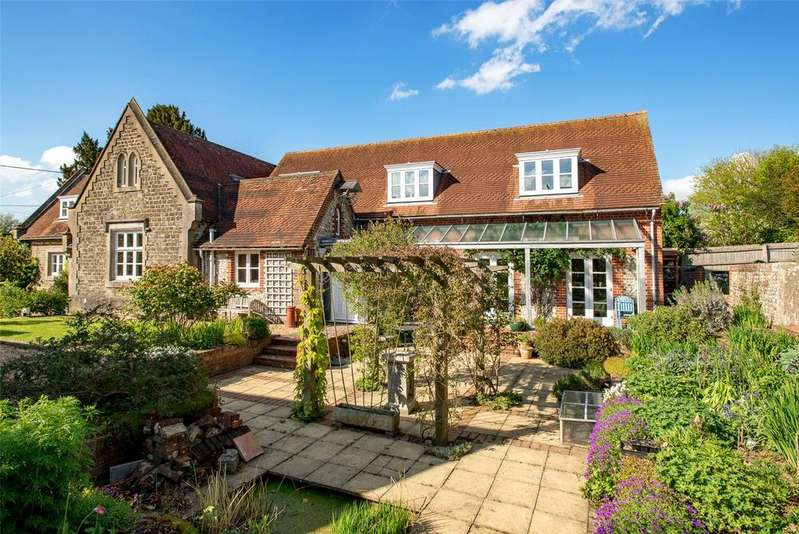 5 Bedrooms Detached House for sale in Old Alresford, Hampshire, SO24