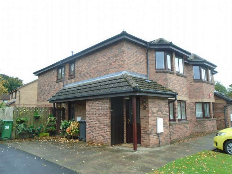 2 Bedrooms Flat for sale in CA3 9FB Firlands, Stanwix, Carlisle, Cumbria