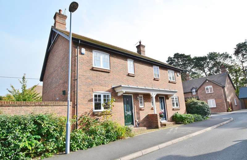 3 Bedrooms Semi Detached House for sale in Upton
