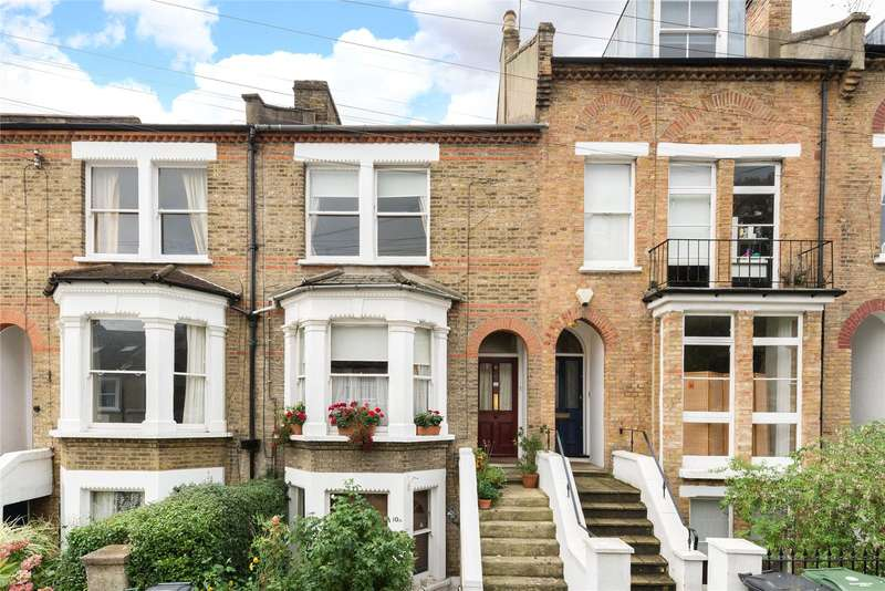 2 Bedrooms Maisonette Flat for sale in Woodland Hill, London