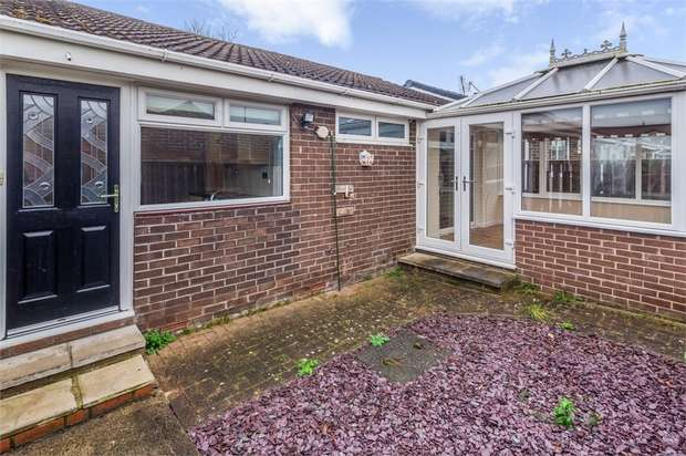 2 Bedrooms Semi Detached Bungalow for sale in Beaumont Court, Sedgefield, Stockton-on-Tees, Durham