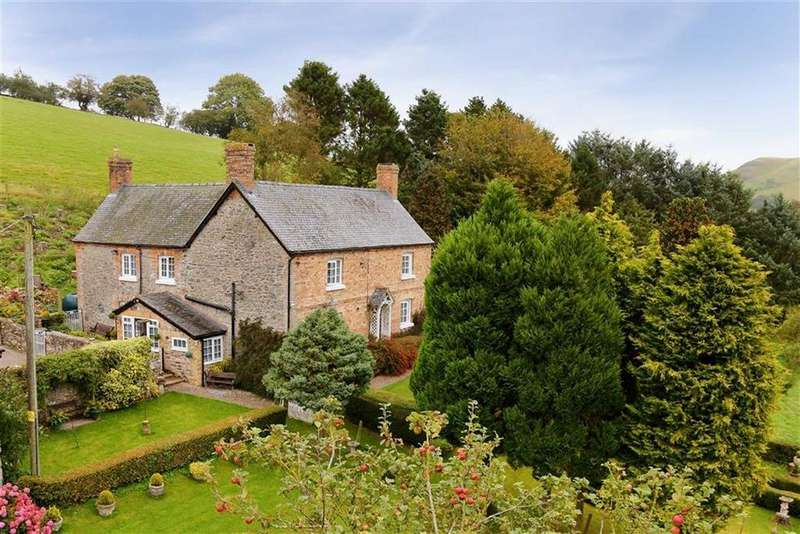 5 Bedrooms Detached House for sale in Moelfre, Oswestry, SY10