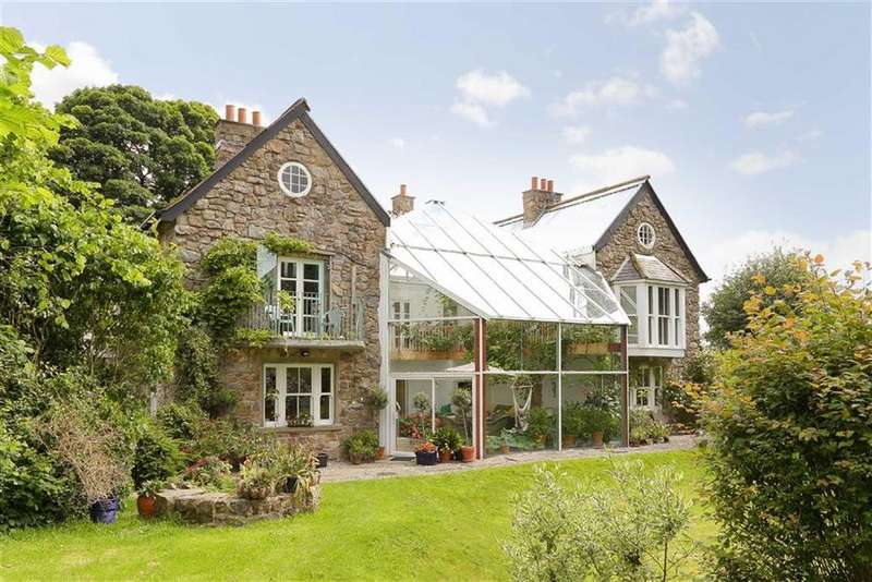 5 Bedrooms Detached House for sale in Gyrn Road, Selattyn, SY10