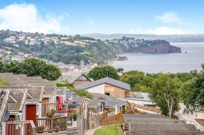2 Bedrooms Mobile Home for sale in Torquay Road, Teignmouth, Devon