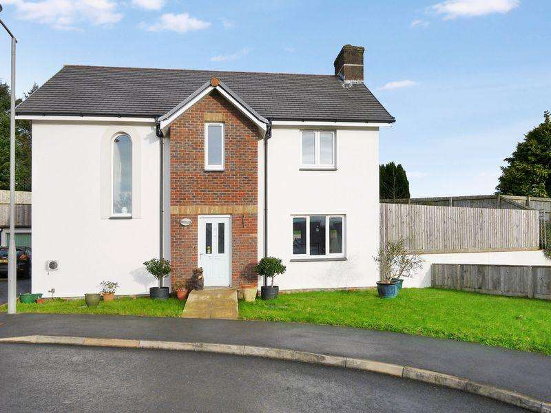 3 Bedrooms Retirement Property for sale in Holsworthy