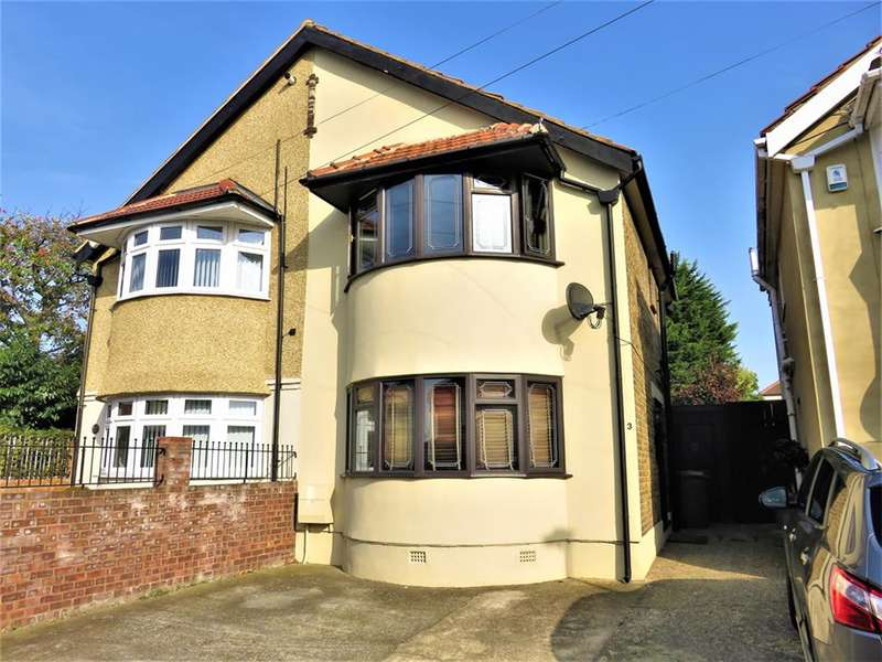2 Bedrooms Semi Detached House for sale in Sidmouth Road, Welling, Kent, DA16 1DR
