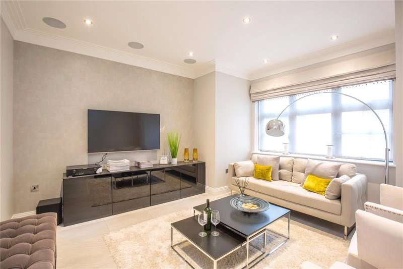 Detached House for sale in East End Road, East Finchley, London, N2