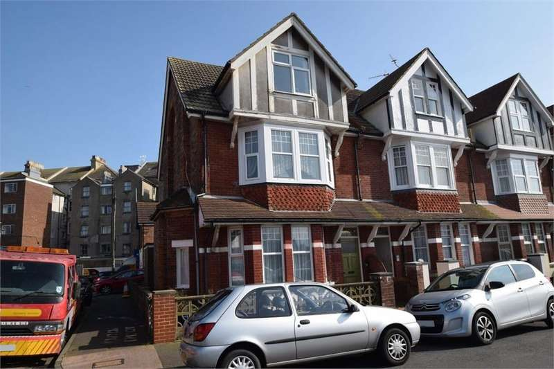 1 Bedroom Flat for sale in Latimer Road, Redoubt, East Sussex