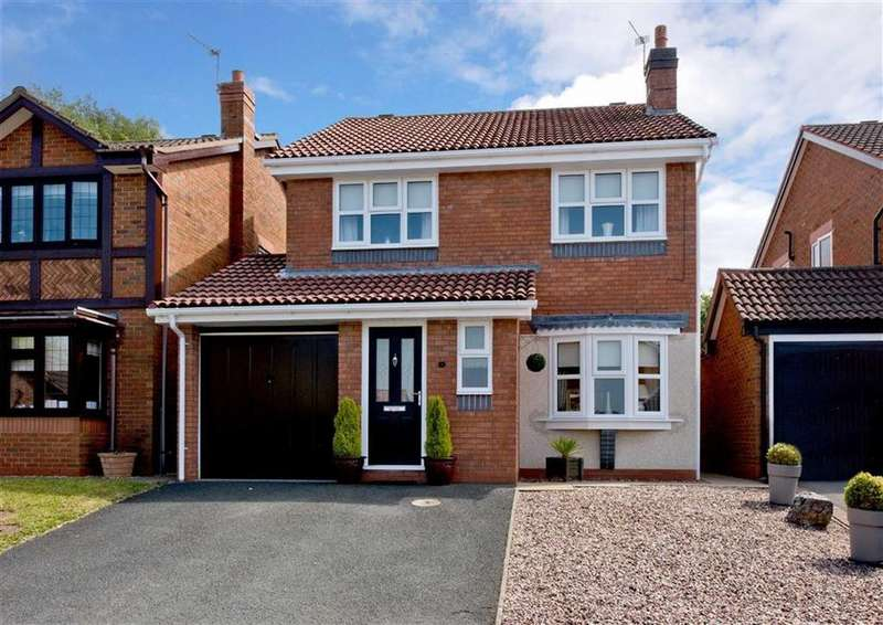 4 Bedrooms Detached House for sale in 16, Bridgewater Drive, Wombourne, Wolverhampton, South Staffordshire, WV5