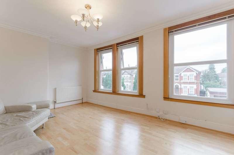 2 Bedrooms Flat for rent in Goodmayes, Redbridge, Goodmayes, IG3