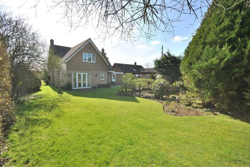 4 Bedrooms Detached House for sale in Dickleburgh, Norfolk