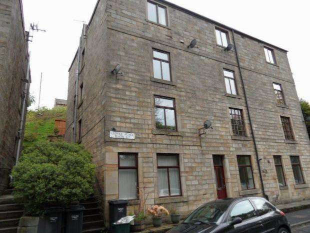 2 Bedrooms Apartment Flat for sale in Clewer Place Todmorden