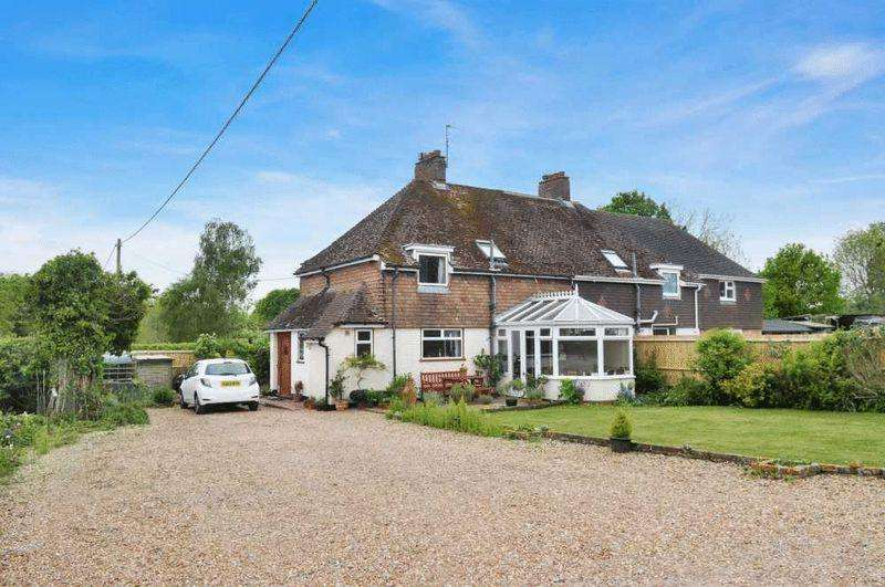3 Bedrooms Equestrian Facility Character Property for sale in Billingshurst, West Sussex