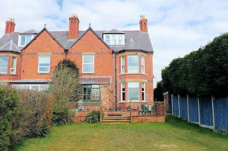 6 Bedrooms Detached House for sale in Mount Road, St Asaph