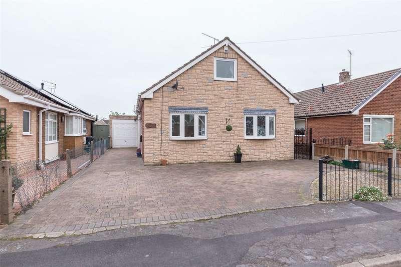 3 Bedrooms Detached Bungalow for sale in Ivanhoe Way, Doncaster, DN5