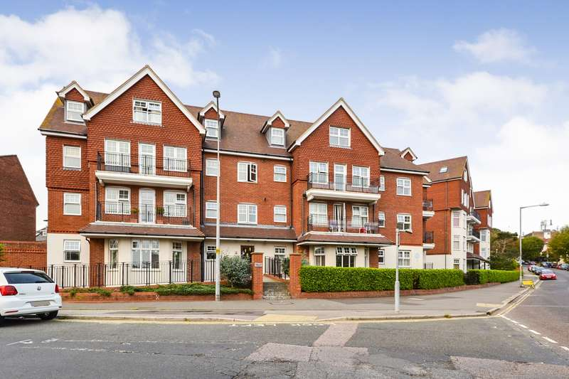 3 Bedrooms Flat for sale in Baird Court, Egerton Place, Station Road, Bexhill-On-Sea, TN40